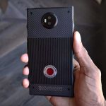 The Display Tech Behind RED Hydrogen One Holographic Phone Revealed!