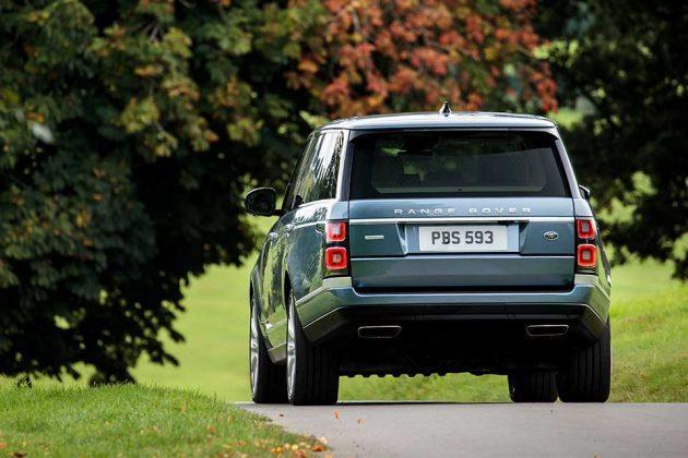 2018 Land Rover Range Rover P400e Hybrid SUV