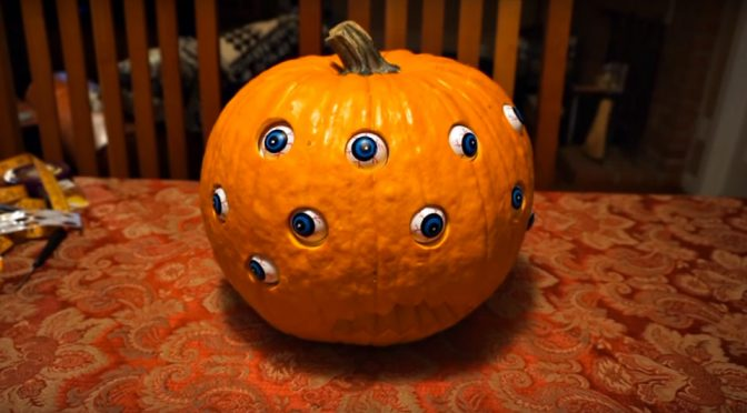 Randomly Moving Eyeballs Turn Jack O' Lantern Into A Creep O' Lantern