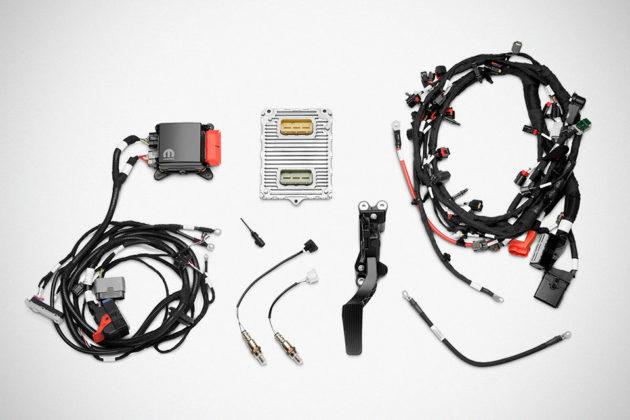 Mopar 6.2L Supercharged Crate HEMI Engine Kit