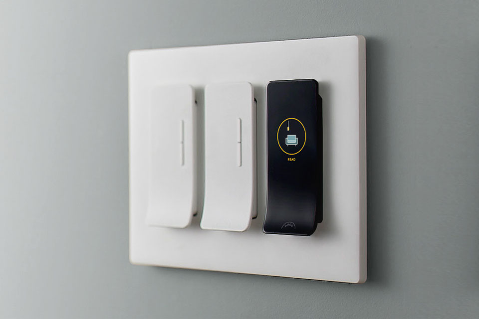 These Smart Switches Will Save You The Hassle Of Changing