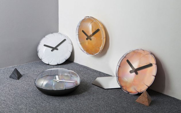 Aria Balloon Clock by Heart Storming Design