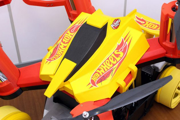 Giant Hot Wheels Drone Racerz Car by James Bruton