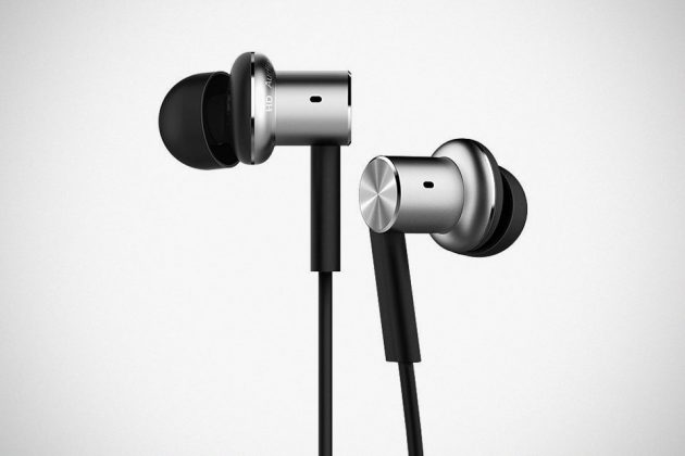 Mi In-Ear Headphones Pro Earbuds