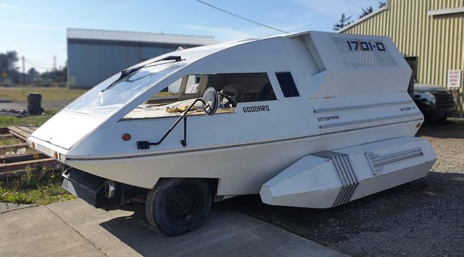 Minivan Turned Into Star Trek Shuttlecraft