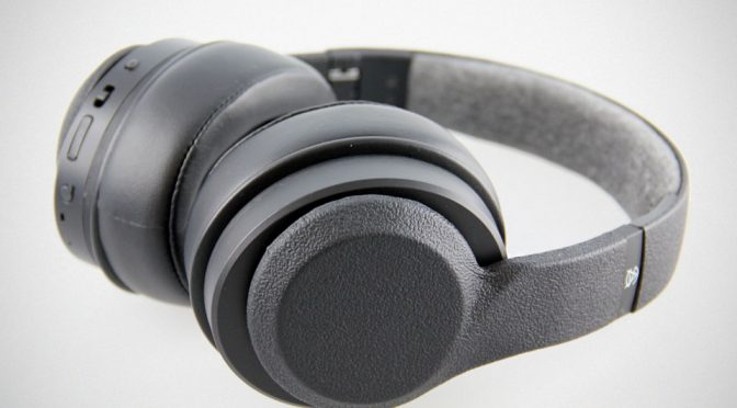 "This Pair Of Wireless Headphones Promised ""World's Most Personalized Music Experience"""