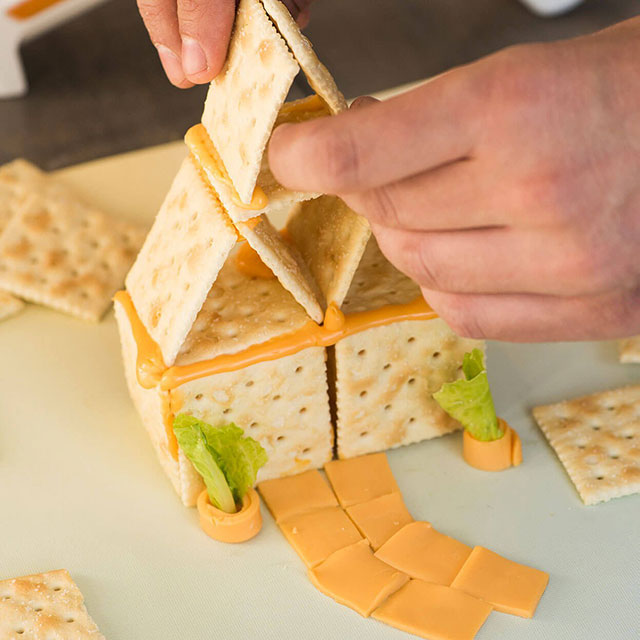 "The Fondoodler ""Hot Glue Gun"" For Cheese"