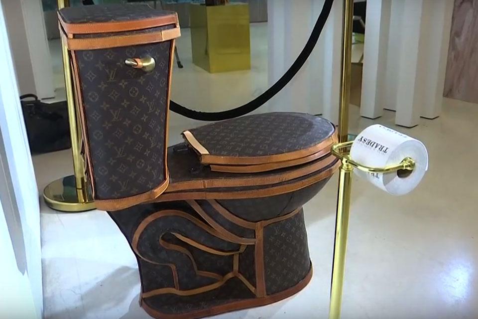 3fad29b301b Loo-uis Vuitton Toilet by Tradesy x Illma Gore