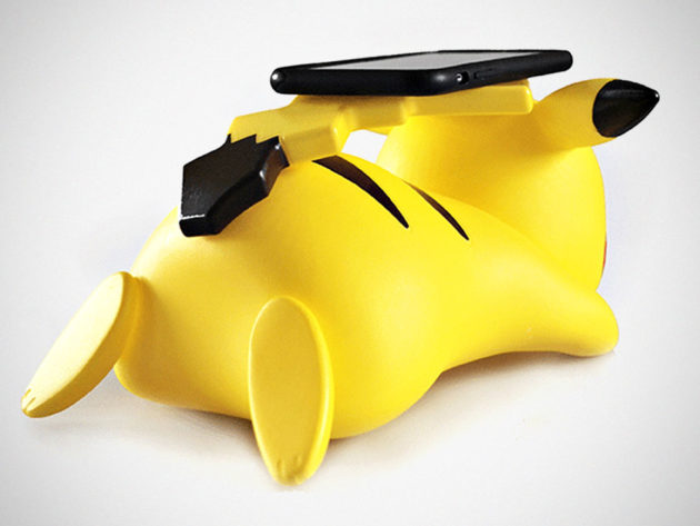 Pikachu Wireless Charger by TeknFun