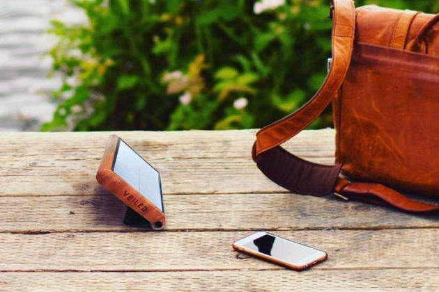 Veiled Wooden Solar Charger