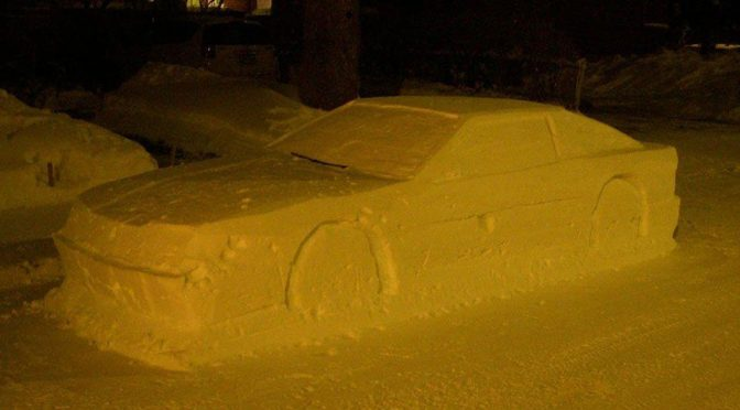 Car Made Out Of Snow Was So Real That It Almost Fool the Police