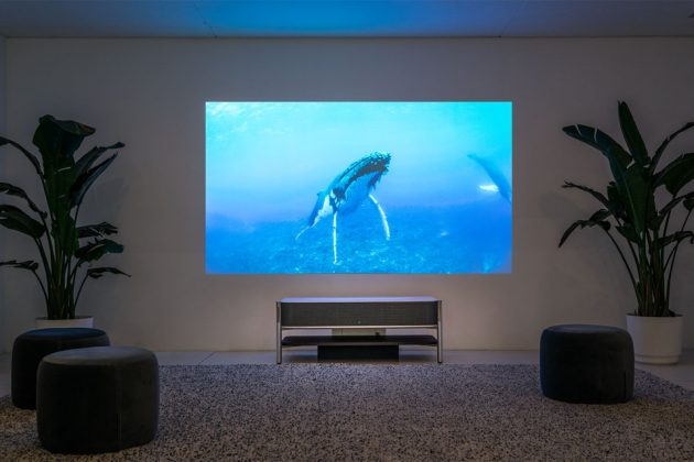 Sony LSPX-A1 4K Ultra Short Throw Projector at CES 2018