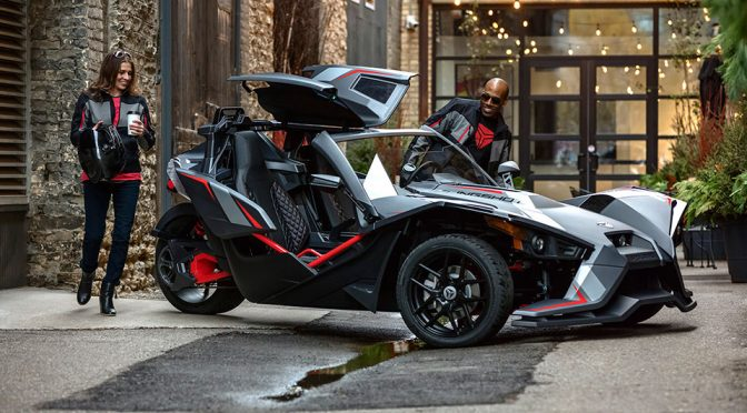 Polaris Slingshot Grand Touring LE Is Basically An Option-loaded Slingshot