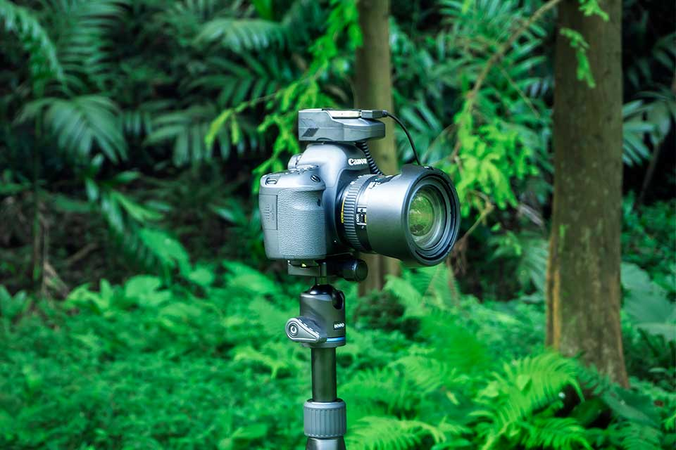 Aurga The World's First Smart DSLR Assistant and Cloud Storage