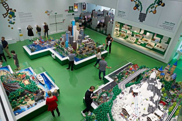 LEGO House: Green Zone - World Explorer