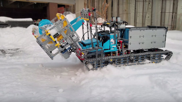 LEGO Technic 6x6 All-terrain Tow Truck Modded Into A Snowblower