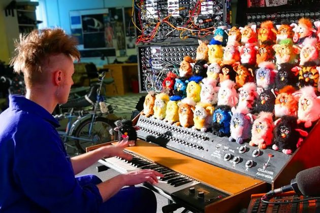 Haunting Musical Organ Made From Furby Toys