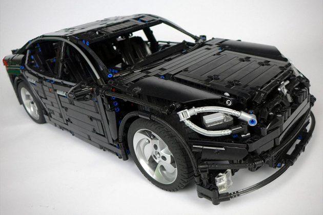 LEGO Technic Tesla Model S 2016