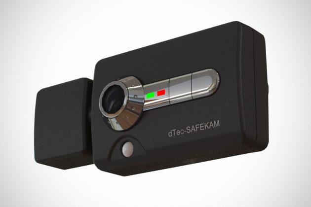 dTec SafeKam Life-saving Motion-detecting Dash Camera