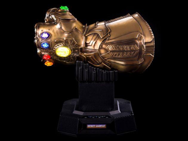 Avengers Infinity Gauntlet Life-size Bluetooth HiFi System