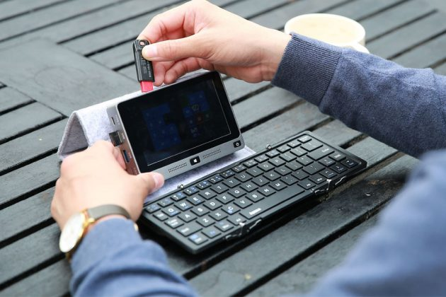 Mi 5-inch Mini PC