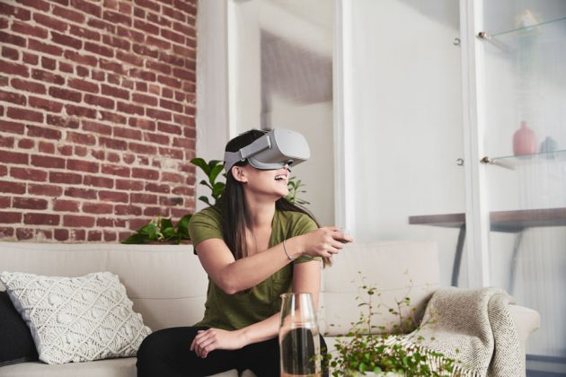 Oculus Go Standalone VR Headset Available Now