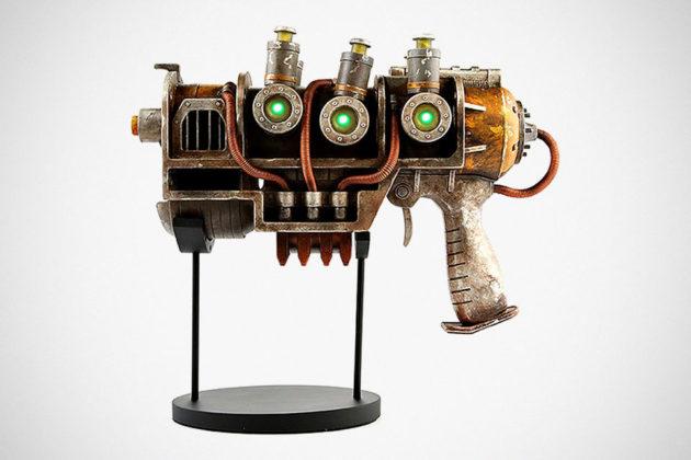 Fallout 1:1 Plasma Pistol Replica