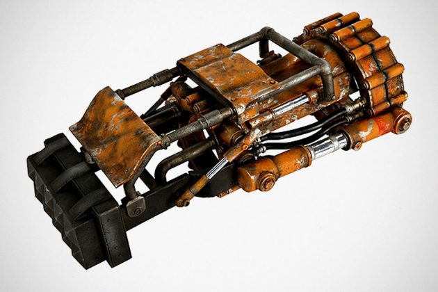 Fallout 1:1 Power Fist Replica
