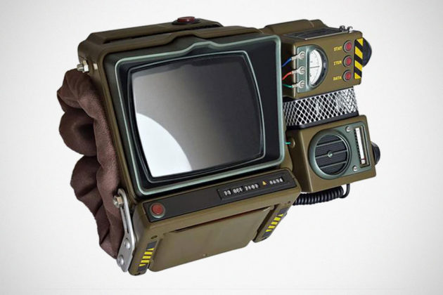 Fallout 76 and Pip-Boy 2000 Mk VI