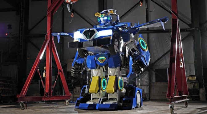 J-Deite Unveiled Full-size, Drivable And Walkable <em>Transformers</em> Robot