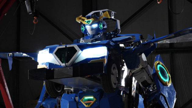 J-Deite RIDE Real-life Tranformers Robot Unveiled