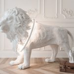 This Lion Lamp Is Imposing, But We Can't Say The Same For The Brightness