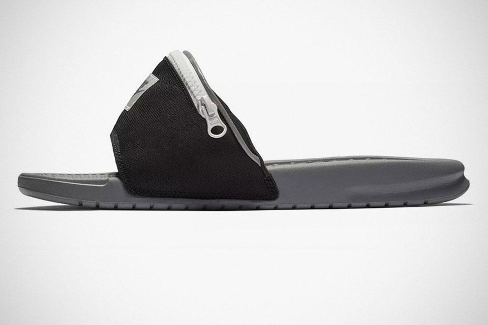 "Nike Benassi ""Fanny Pack"" Slides"
