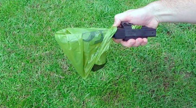 Here's A New Way Of Picking Up Dog Poops Without Using Your Hand