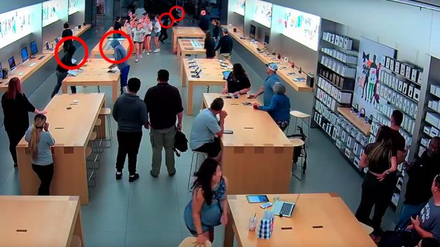 Apple Store Got Robbed In Front Of Customers
