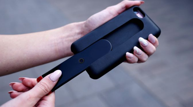 Evo GoCam: A Wireless Camera That Slips Onto The Back Of Your Phone