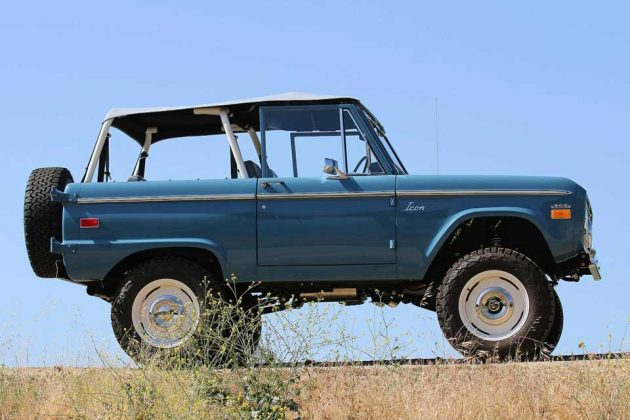 ICON4x4 Ford Bronco Old School BR