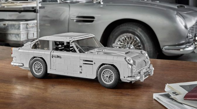 LEGO James Bond Aston Martin DB5 Is Loaded With Gadgets Like It Should