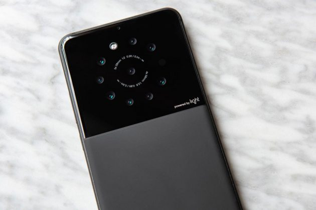 Light 9-Camera Smartphone