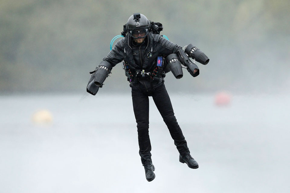 "Real-life ""Iron Man"" Flying Suit Set To Go On Sale"