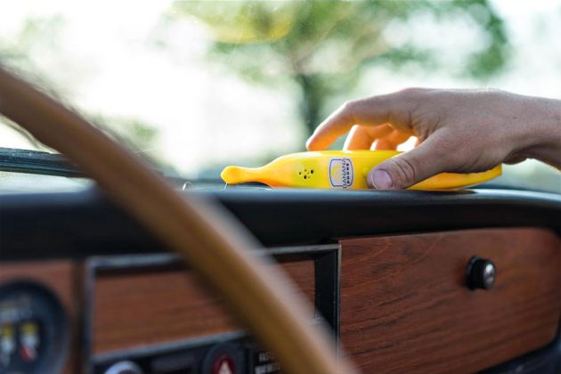 Banana Phone Bluetooth-enabled Mobile Handset