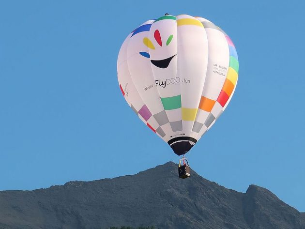 FlyDOO Steerable Personal Hot Air Balloon