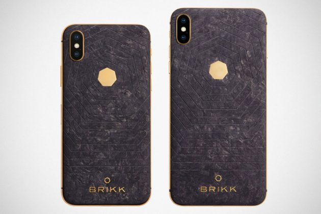 Brikk Lux iPhone Xs and Xs Max Carbon