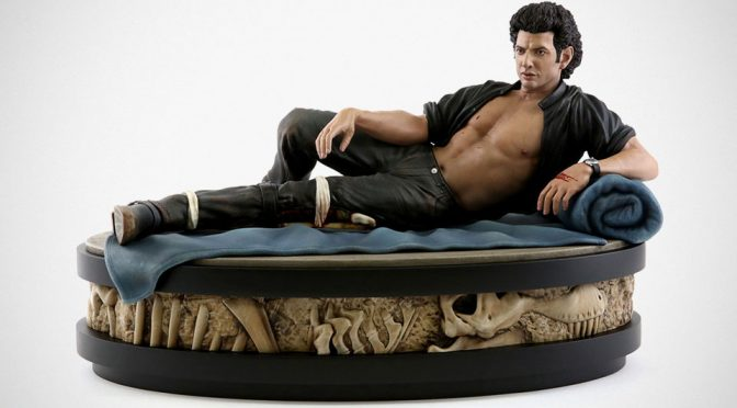 Jeff Goldblum's 'Shirtless' Pose In <em>Jurassic Park</em> Immortalized In Statue