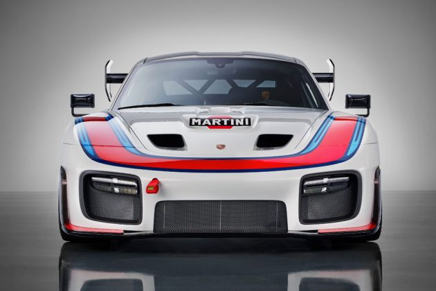 Porsche 935 Clubsport Race Car