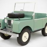 Toylander Pays Homage To 1948 Series Land Rover With This Kiddie Ride
