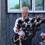 Most Dedicated <em>Pokémon Go</em> Is This Grandpa With 11 Devices