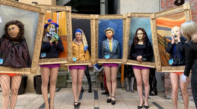 Artsy Halloween: Art Students In Japan Dressed Up As Famous Paintings