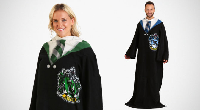 Grown Ups Snuggies Lets You Snuggle <em>Harry Potter</em> Style