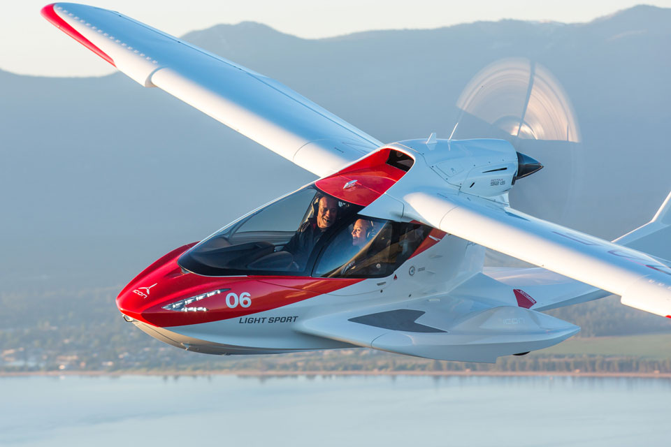 ICON A5 Light Sport Aircraft Is Taking Pre-order, Again | SHOUTS